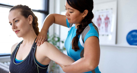 Which is Best for you- Athletic Therapy Or Physiotherapy?